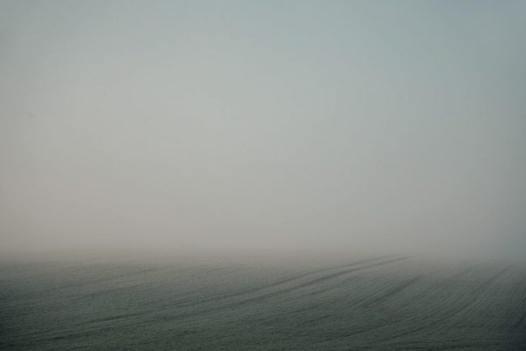 minimalist foggy misty landscape photography